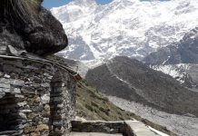 Kedarnath, shrine, Cave